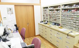 野間薬局 四ツ角店 調剤室